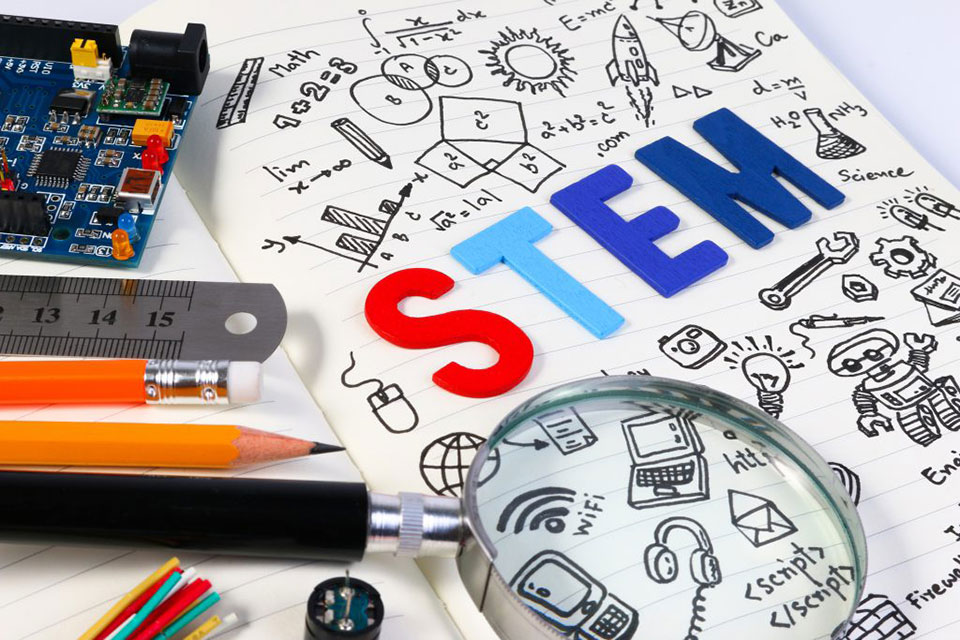 Montgomery County Public Libraries to Offer Free STEM Smart Programs